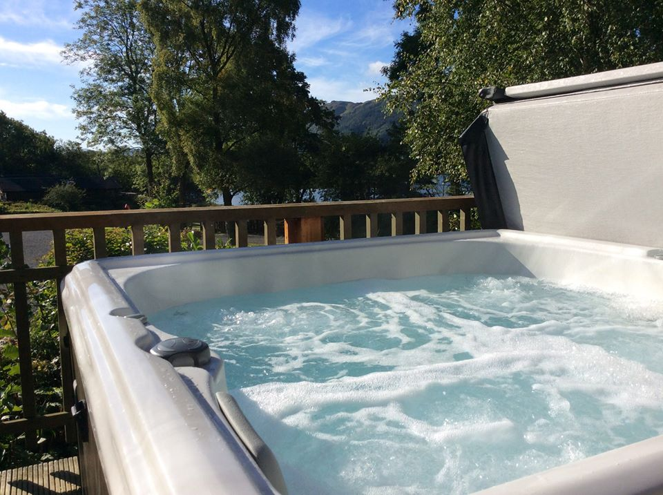 Garden Spas Hot Tub Jacuzzi